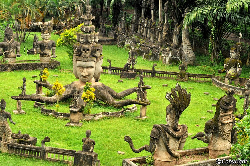 Wanna photo shoot in Buddha park in Laos! I
